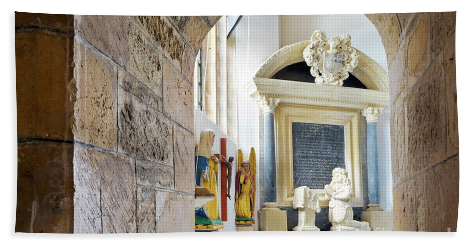 St Mylor Bath Sheet featuring the photograph Monument In St Mylor Church by Terri Waters