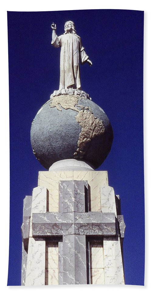 Central America Bath Sheet featuring the photograph Monumento Al Divino Salvador Del Mundo by Juergen Weiss