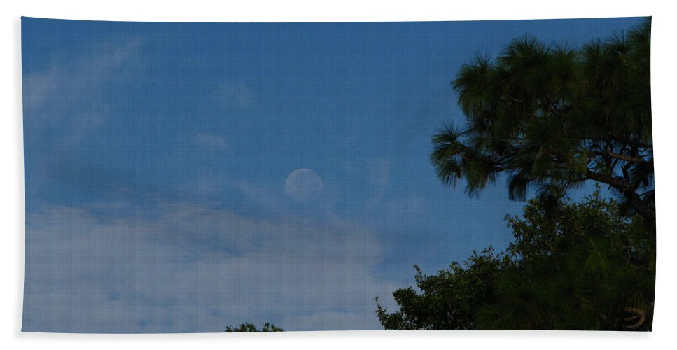 September A.m. Moon Hand Towel featuring the photograph Moon Age Day Dream by Greg Patzer
