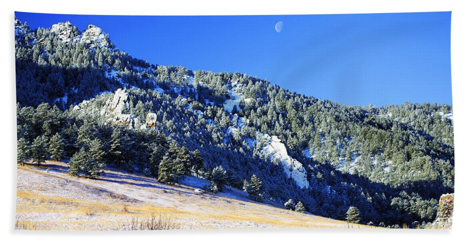Colorado Hand Towel featuring the photograph Moon Over Chautauqua by Marilyn Hunt