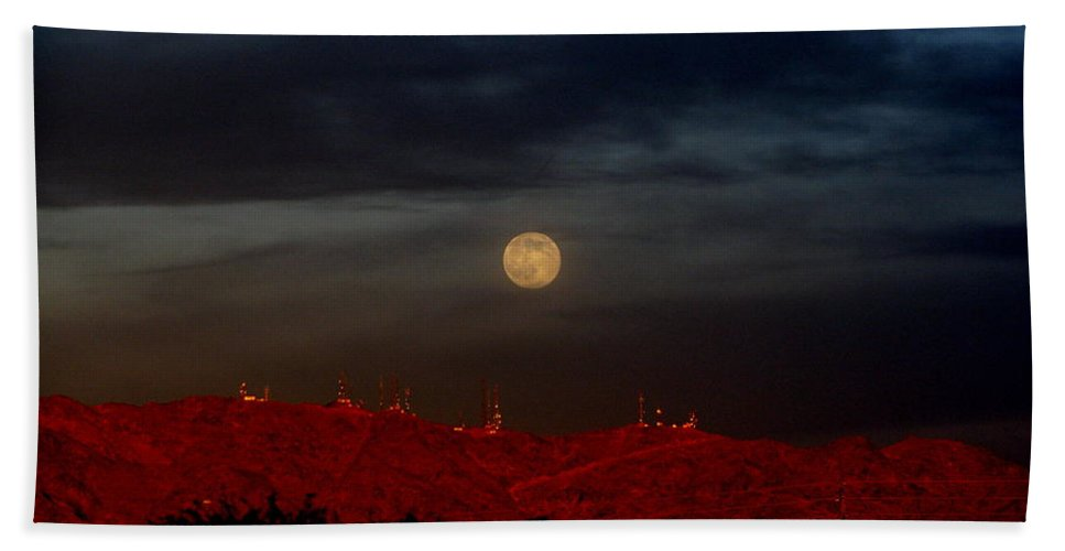 Patzer Bath Towel featuring the photograph Moon Over Yuma by Greg Patzer