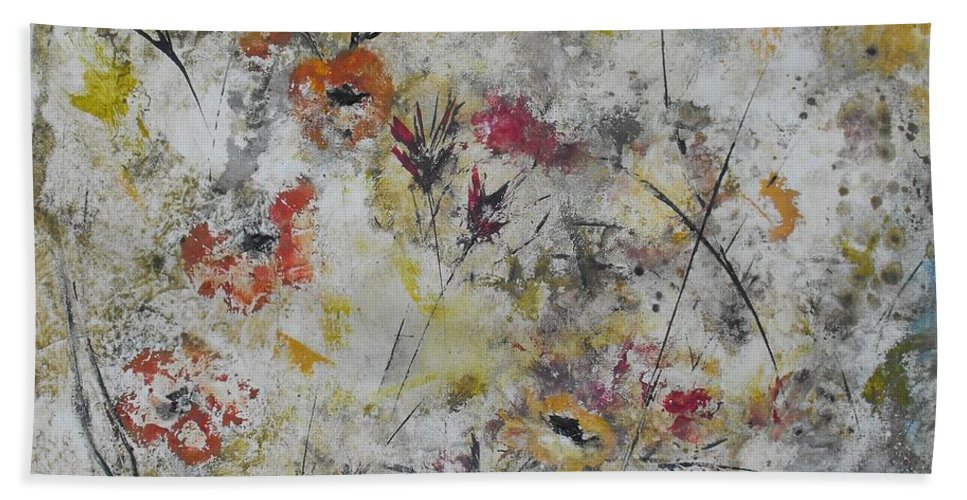 Abstract Bath Sheet featuring the painting Morning Mist by Ruth Palmer