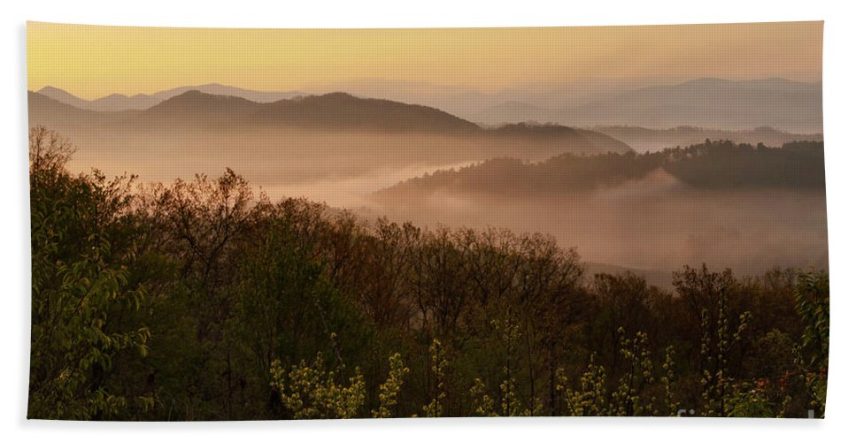 Foothills Parkway Bath Sheet featuring the photograph Morning Mist Three by Bob Phillips