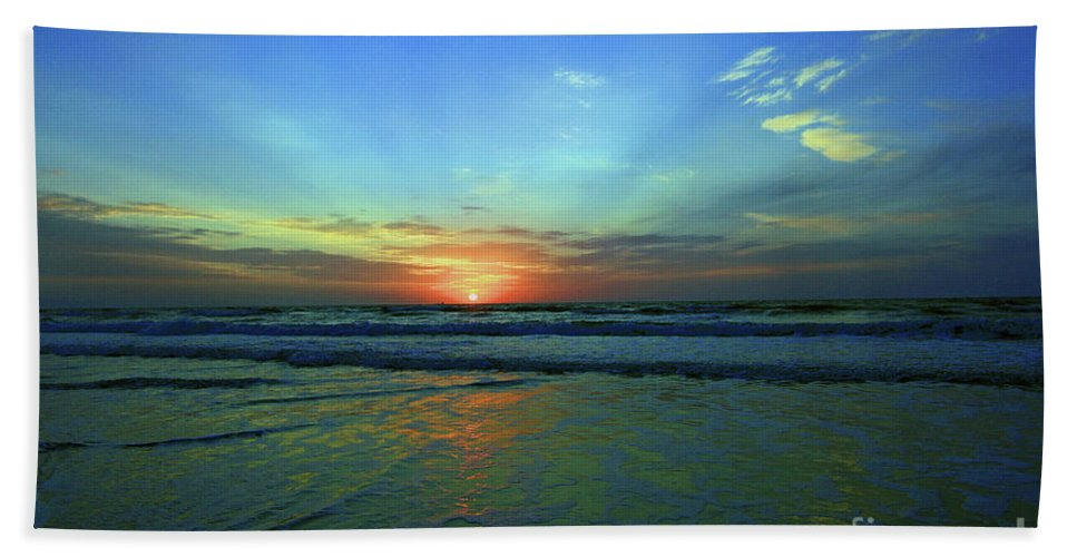 Morning Sea Foam Bath Sheet featuring the photograph Morning Sea Foam by Davids Digits