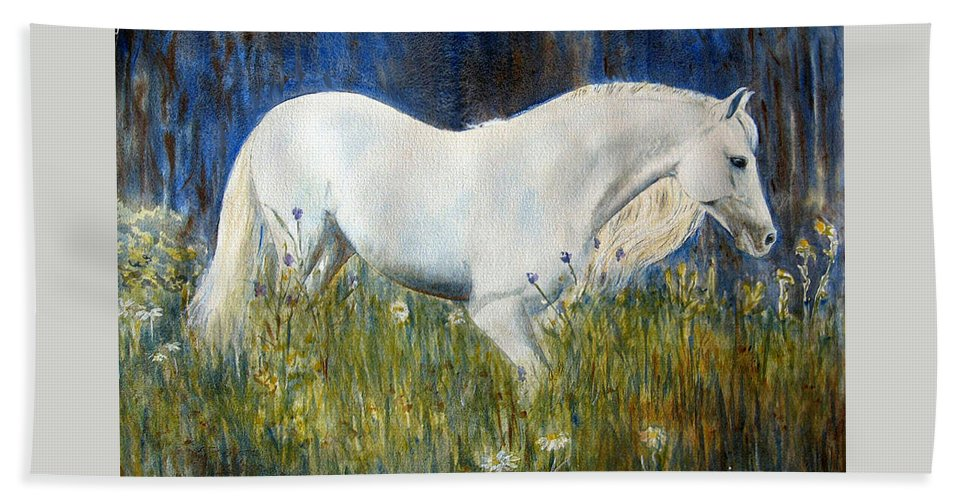 Horse Painting Bath Towel featuring the painting Morning Walk by Frances Gillotti