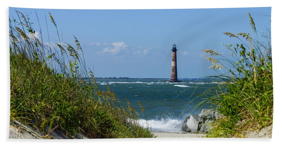 America Hand Towel featuring the photograph Morris Island Lighthouse Walkway by Jennifer White