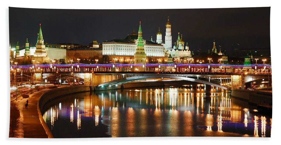 Bridge Hand Towel featuring the photograph Moscow Evening, Overlooking The Kremlin. by Yuri Hope