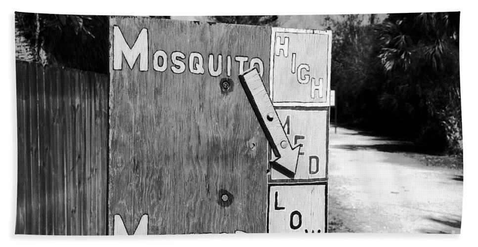 Mosquito Bath Towel featuring the photograph Mosquito Monitor by David Lee Thompson