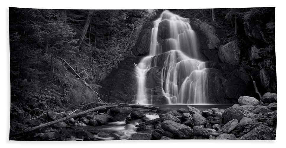 Moss Glen Falls Bath Towel featuring the photograph Moss Glen Falls - Monochrome by Stephen Stookey