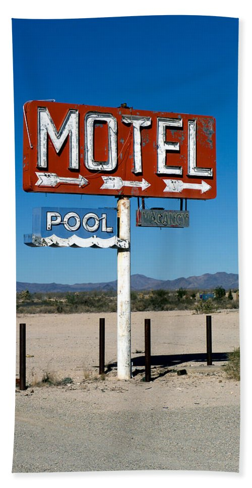 Route 66 Bath Sheet featuring the photograph Motel Sign On I-40 And Old Route 66 by Scott Sawyer