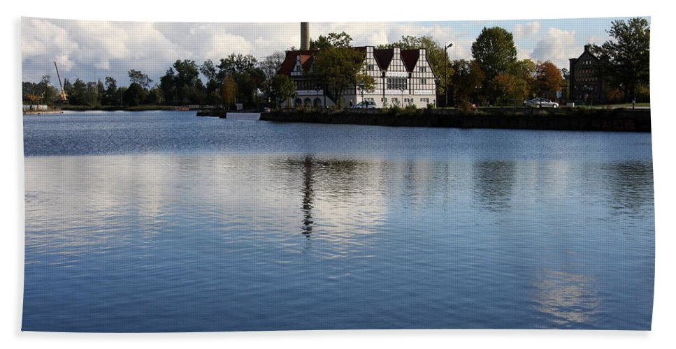 Motława River Hand Towel featuring the photograph Motlawa River Gdansk by Christiane Schulze Art And Photography
