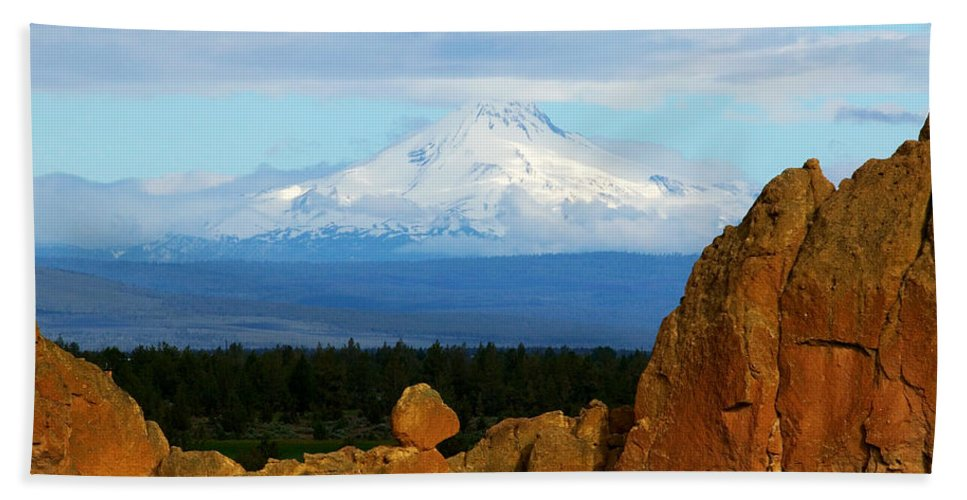Mount Jefferson Hand Towel featuring the photograph Mount Jefferson by Randall Ingalls