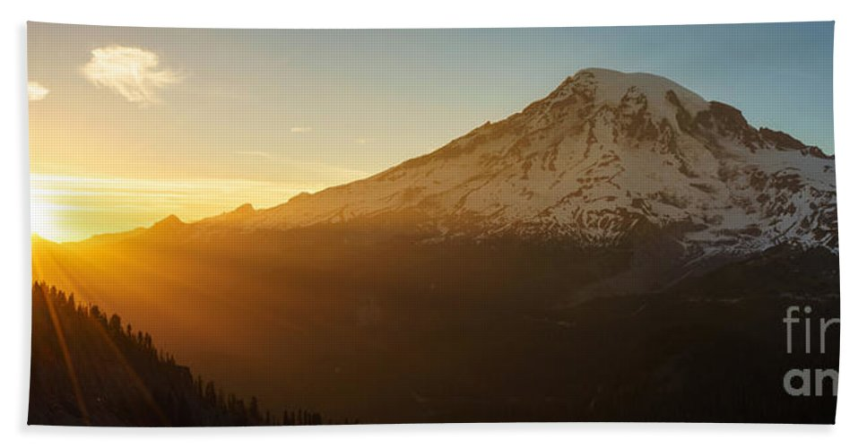 Rainier Bath Sheet featuring the photograph Mount Rainier Evening Light Rays by Mike Reid