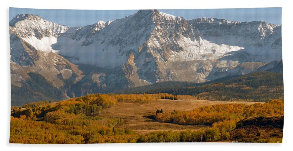 Mount Sneffels Bath Sheet featuring the photograph Mount Sneffels by David Lee Thompson