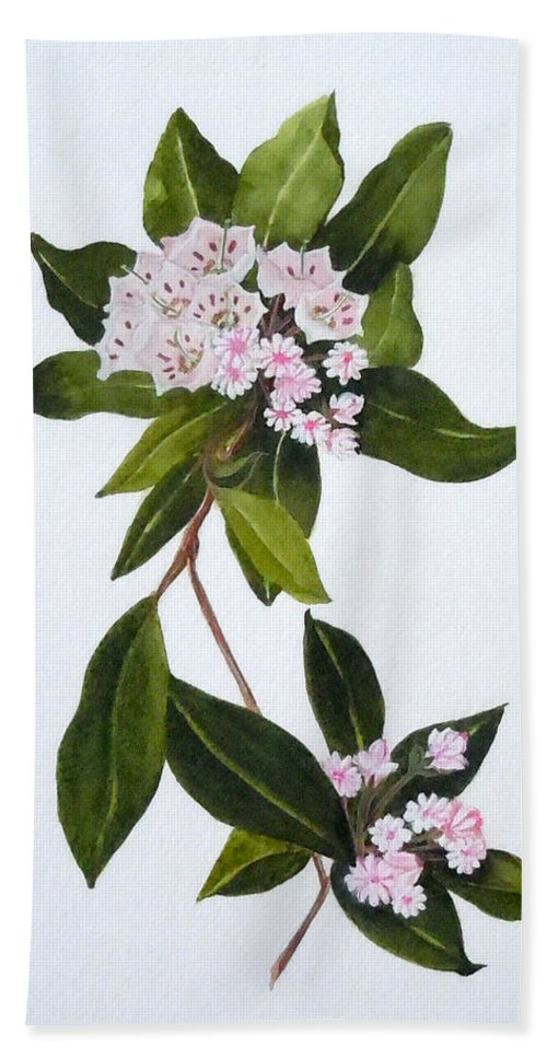 Mountain Laurel Bath Towel featuring the painting Mountain Laurel by Jean Blackmer