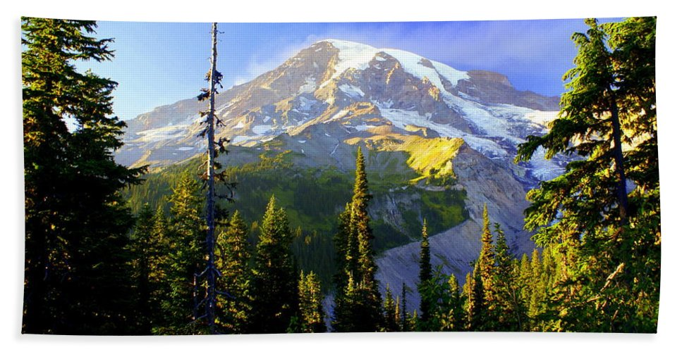 Mountain Bath Towel featuring the photograph Mountain Sunset by Marty Koch