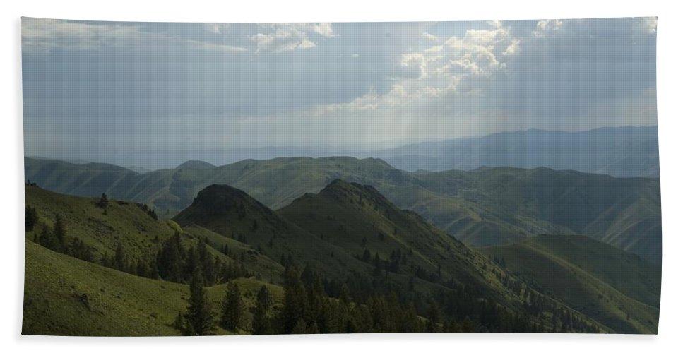 Mountain Bath Sheet featuring the photograph Mountain Top 5 by Sara Stevenson