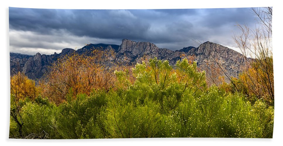 Design Hand Towel featuring the photograph Mountain Valley No33 by Mark Myhaver