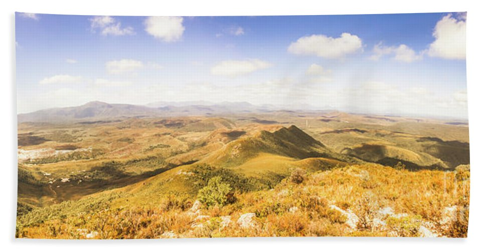Tasmania Hand Towel featuring the photograph Mountains And Open Spaces by Jorgo Photography - Wall Art Gallery