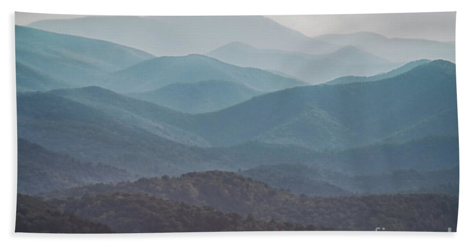 Abstract Hand Towel featuring the photograph Mountains On Blue Ridge Parkway by Tom Gari Gallery-Three-Photography