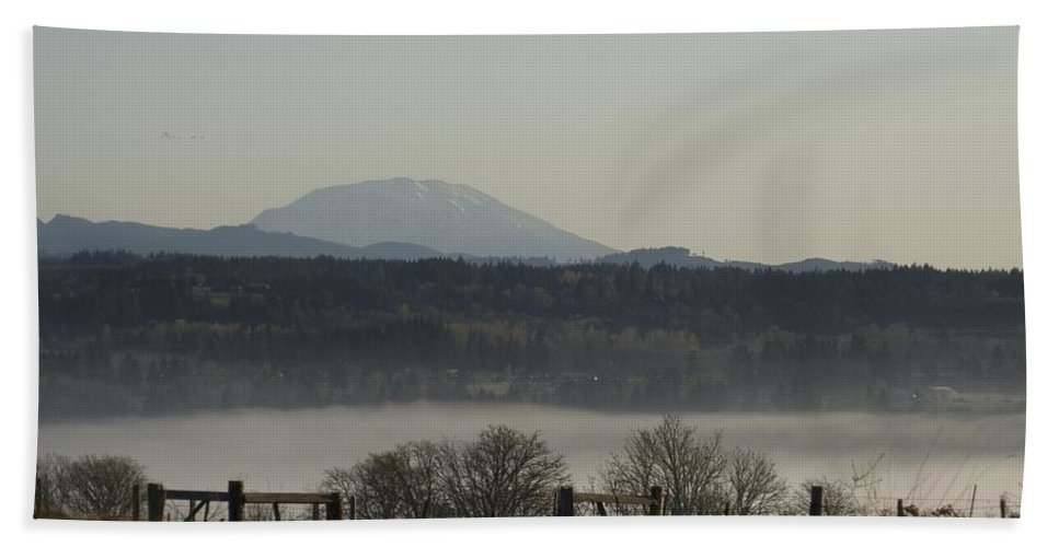 Volcano Bath Sheet featuring the photograph Mt St Helens by Sara Stevenson