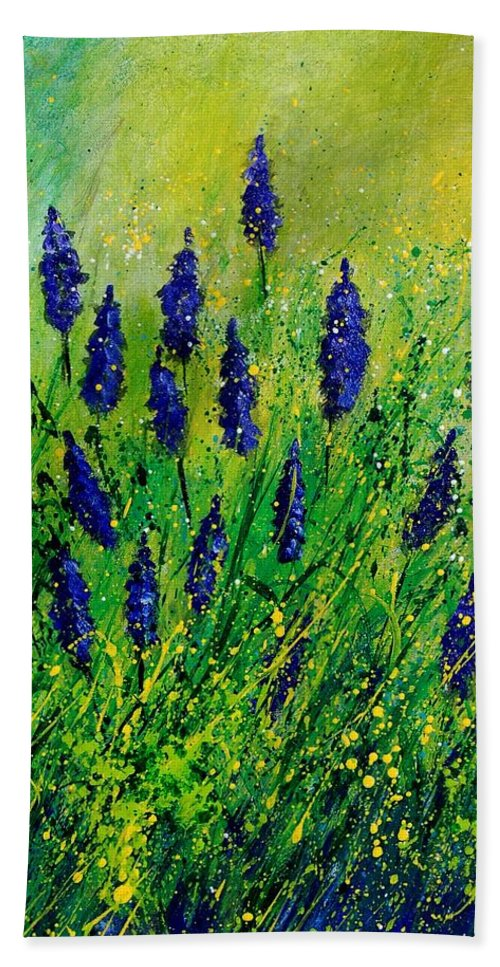 Flowers Bath Sheet featuring the painting Muscaris 4590 by Pol Ledent