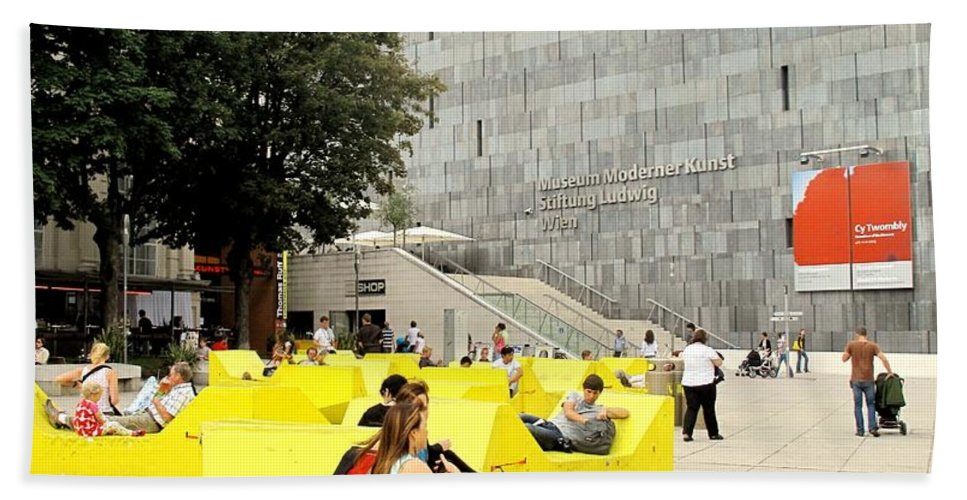 Museum Bath Towel featuring the photograph Museum Modener Kunst by Ian MacDonald