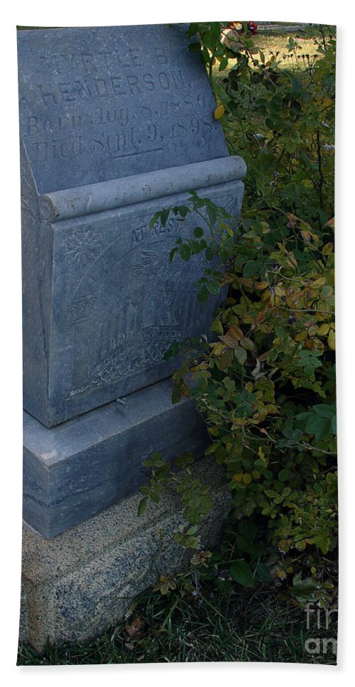 Headstone Hand Towel featuring the photograph Myrtle At Rest by Peter Piatt