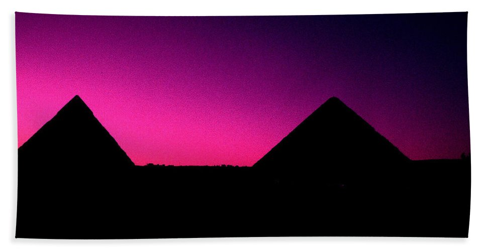 Pyramids Bath Sheet featuring the photograph The Pyramids At Sundown by Gary Wonning
