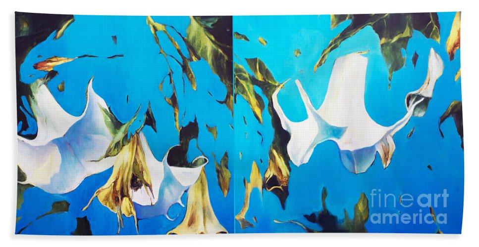 Lin Petershagen Bath Towel featuring the painting Mysticoblue by Lin Petershagen