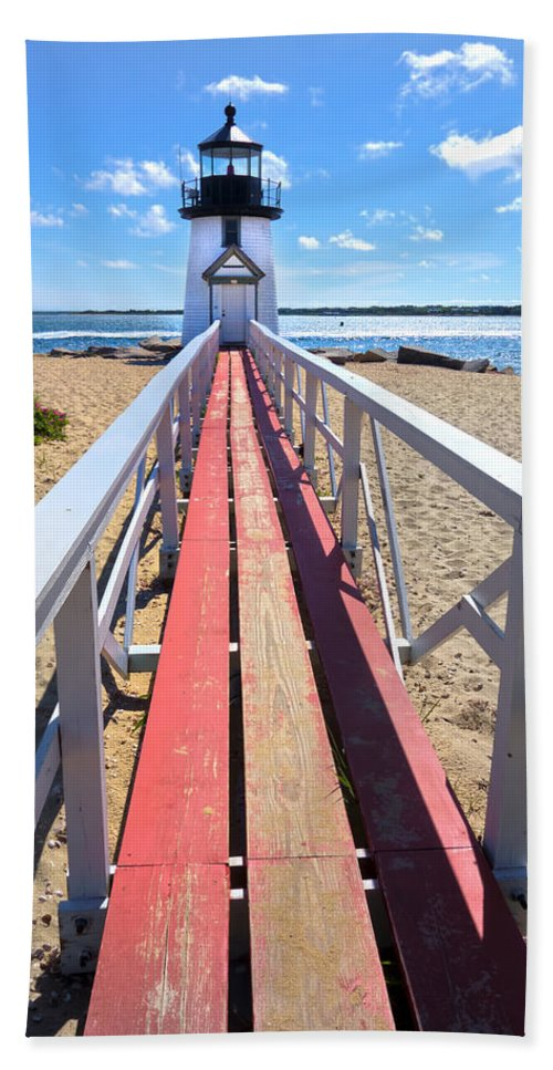 Lighthouse Bath Sheet featuring the photograph Nantucket Lighthouse - Y2 by Carlos Diaz