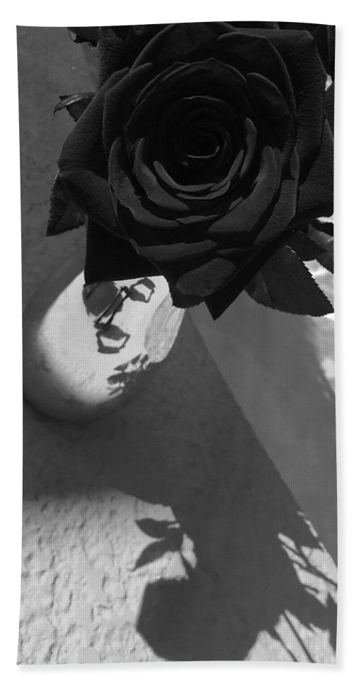 Portrait Of Roses Bath Sheet featuring the photograph Narcissist I by Patricia DOYLE Olson