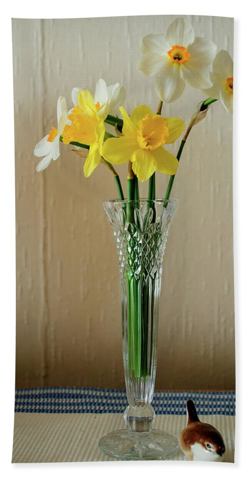 Amaryllidaceae Bath Sheet featuring the photograph Narcissus In Glass Vase by Jarmo Honkanen