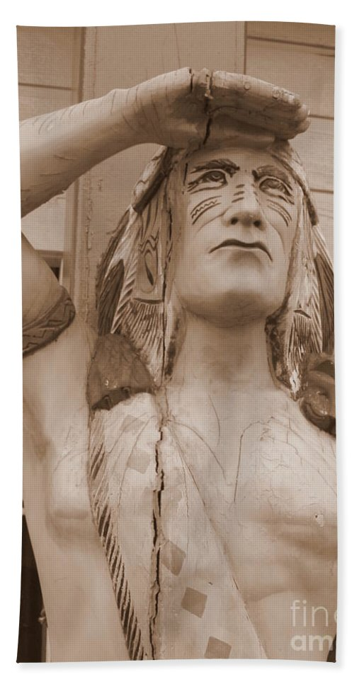 Native American Bath Sheet featuring the photograph Native American Statue In Toppenish by Carol Groenen