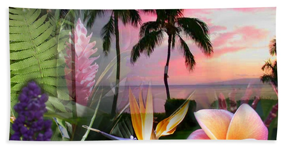 Bird Of Paradise Hand Towel featuring the photograph Natural Beauty by Angie Hamlin