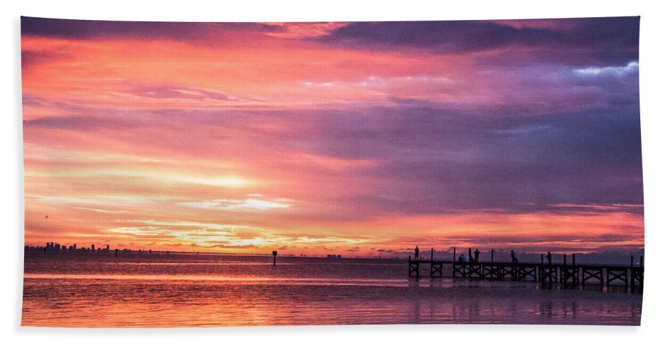 Sunset Bath Towel featuring the photograph Nature's Palette by Norman Johnson