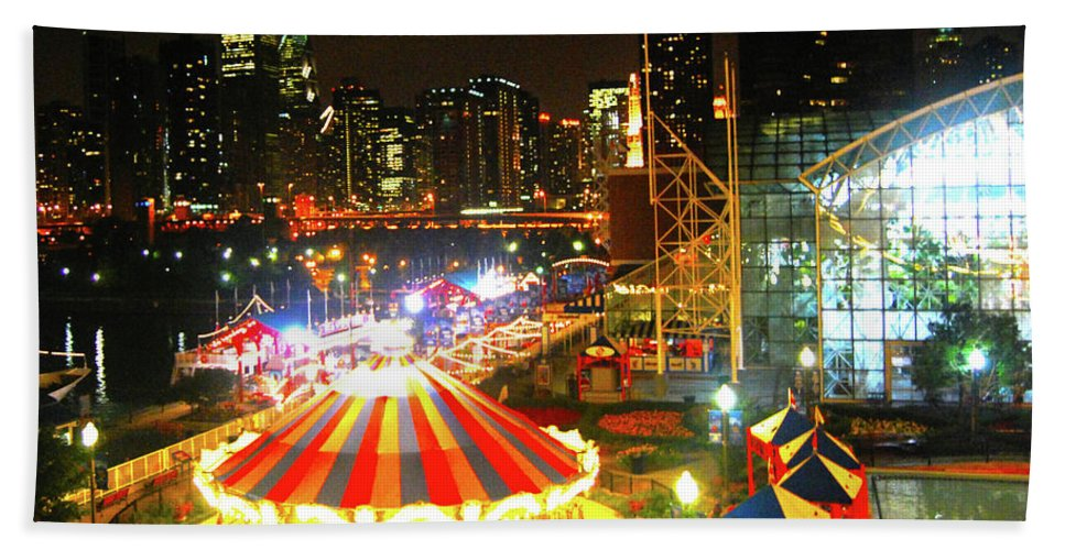 Bath Sheet featuring the photograph Navy Pier by Brian O'Kelly