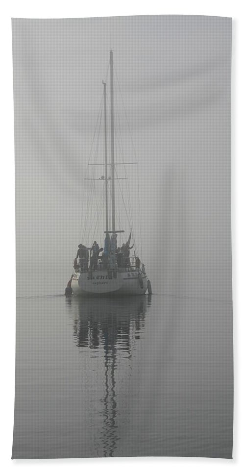 Photo Hand Towel featuring the painting Nebbia In Porto by Giovanni Marco Sassu