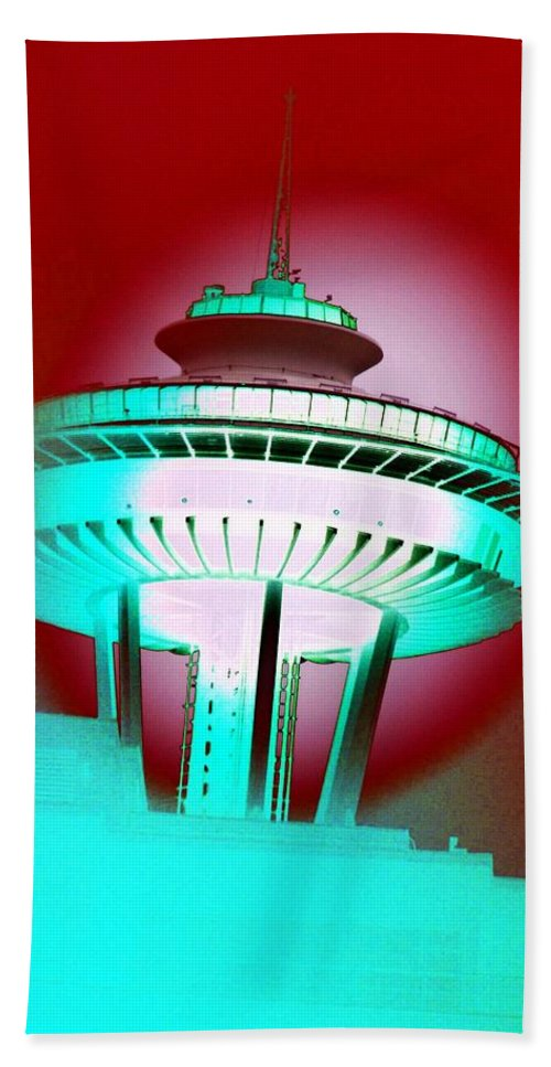 Seattle Bath Towel featuring the photograph Needle In Red by Tim Allen