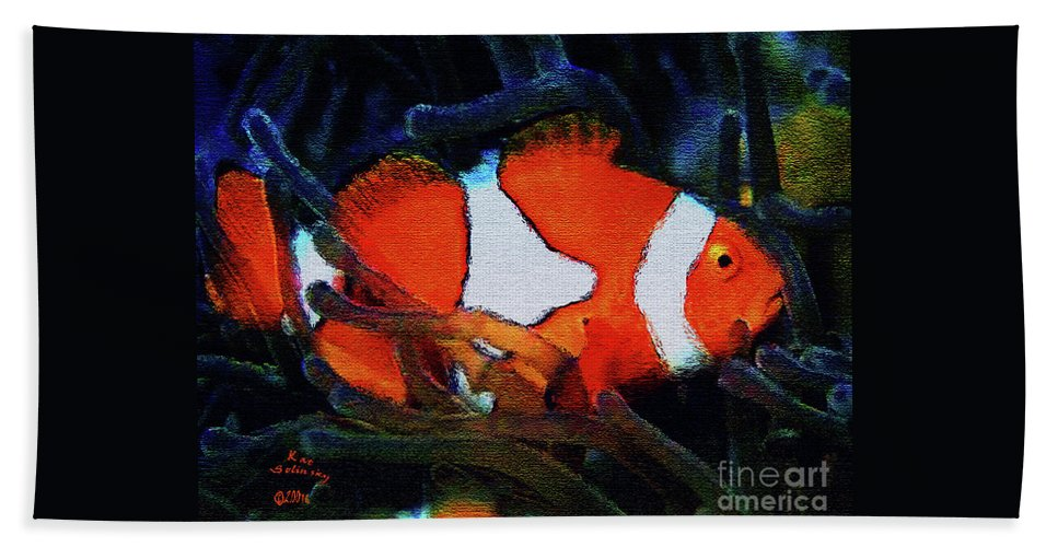 Kat Solinsky Paintings Hand Towel featuring the painting Nemo's Marlin by Kat Solinsky