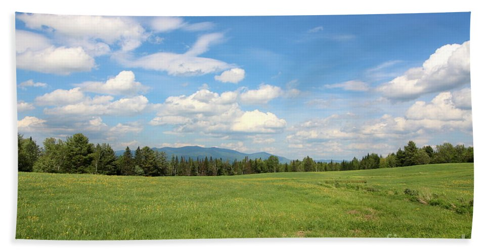 Mountain And Sky Hand Towel featuring the photograph New Hampshire Mountain Meadow by Neal Eslinger