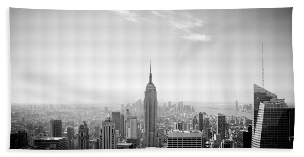 New York City - Empire State Building Bath Sheet featuring the photograph New York City - Empire State Building Panorama Black And White by Thomas Richter