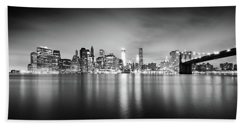 New York Bath Sheet featuring the photograph New York Skyline At Night - B/w Version by Alexander Voss