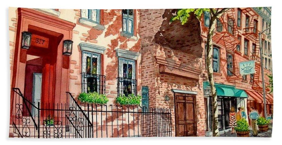 Street Scene Bath Sheet featuring the painting New York by Sonya Catania