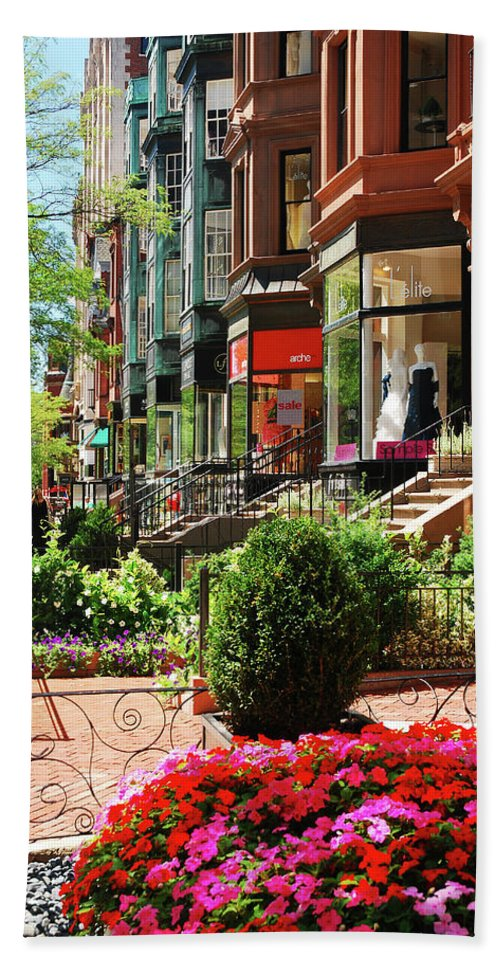 Boston Hand Towel featuring the photograph Newberry Street Spring by James Kirkikis