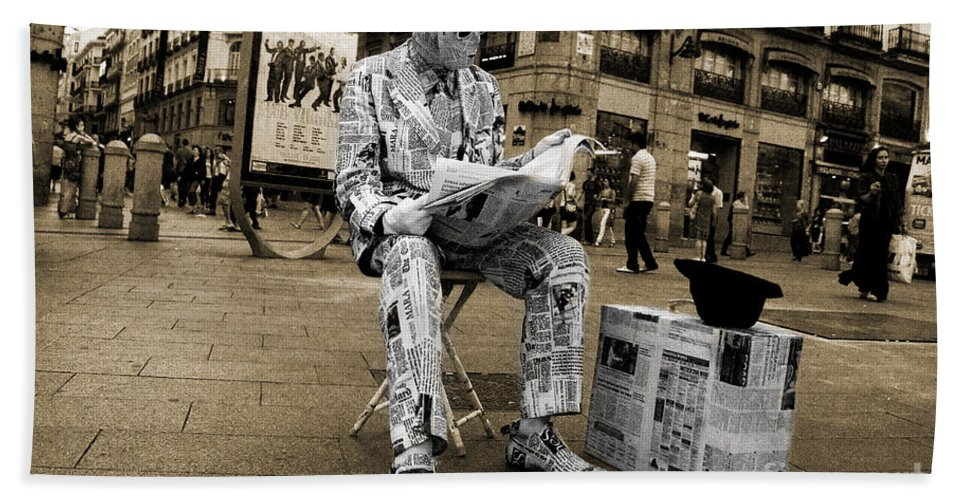 Newspaper Hand Towel featuring the photograph Newspaper Man by Rob Hawkins