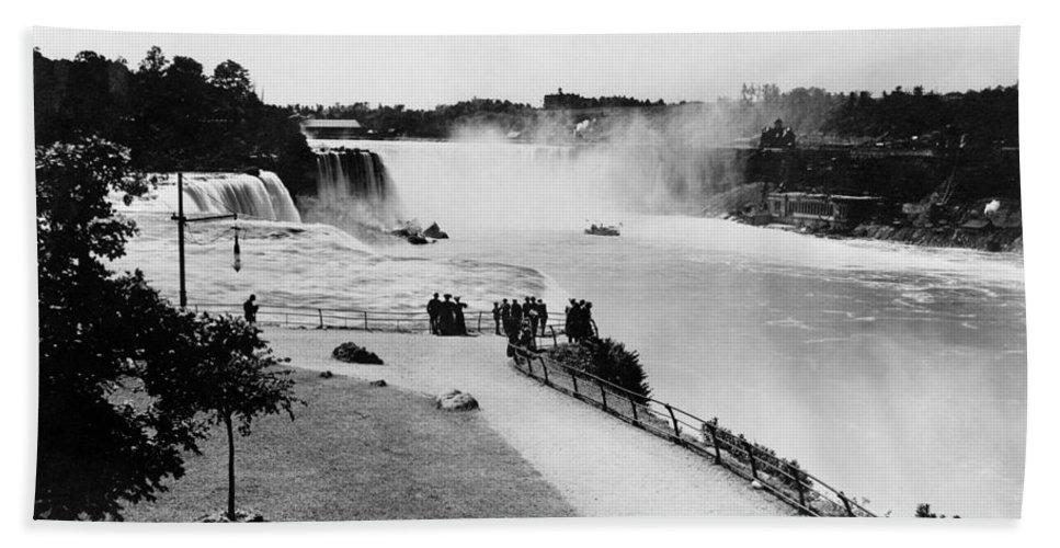 1905 Bath Sheet featuring the photograph Niagara Falls, C1905 by Granger