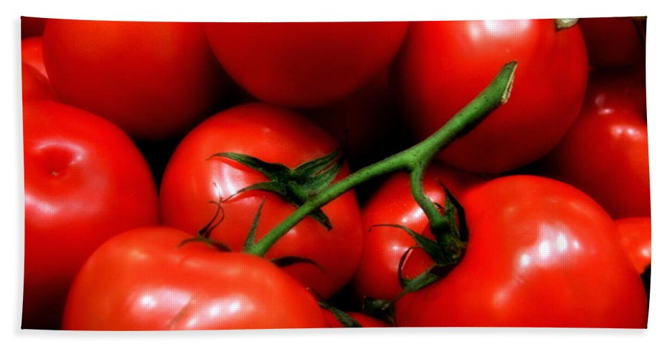 Food Bath Towel featuring the photograph Nice Tomatoes Baby by RC DeWinter