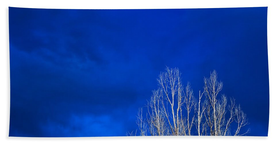 Night Hand Towel featuring the photograph Night Sky by Steve Gadomski