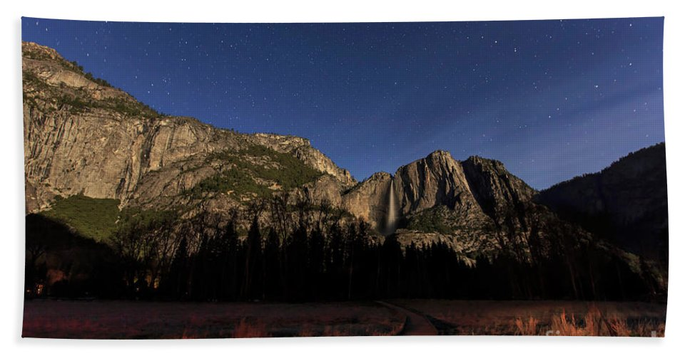 Nps Hand Towel featuring the photograph Night View Of The Upper Yosemite Fall by Chon Kit Leong